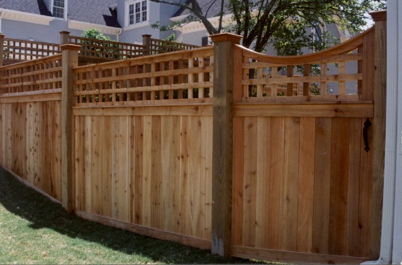 Custom Cedar Fence & Gate Designs