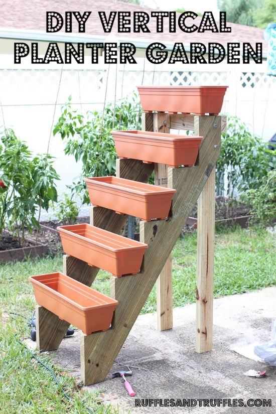 Diy Vertical Planter Tutorial Outside The House Pinterest