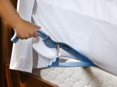 Bed Maker Tool Mattress Lifter Tucks In Sheets By Rotator 7 99