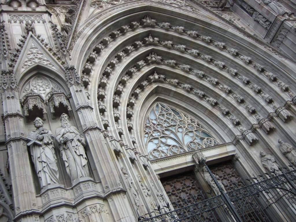 cathedral architecture gothic arches diagram ford mondeo car stereo wiring archivolts of the barcelona doorway