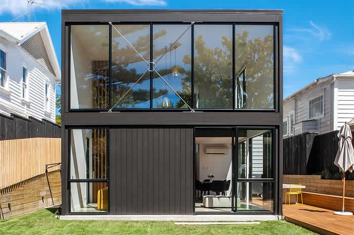 I Want To Move To New Zealand And Build A Box House