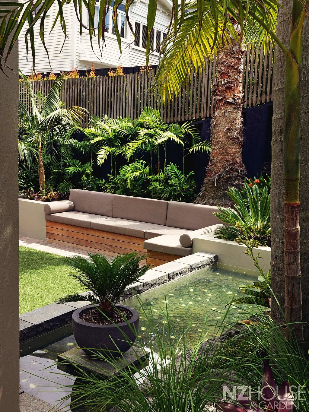 #Home #Landscape #Design via Christina Khandan, Irvine