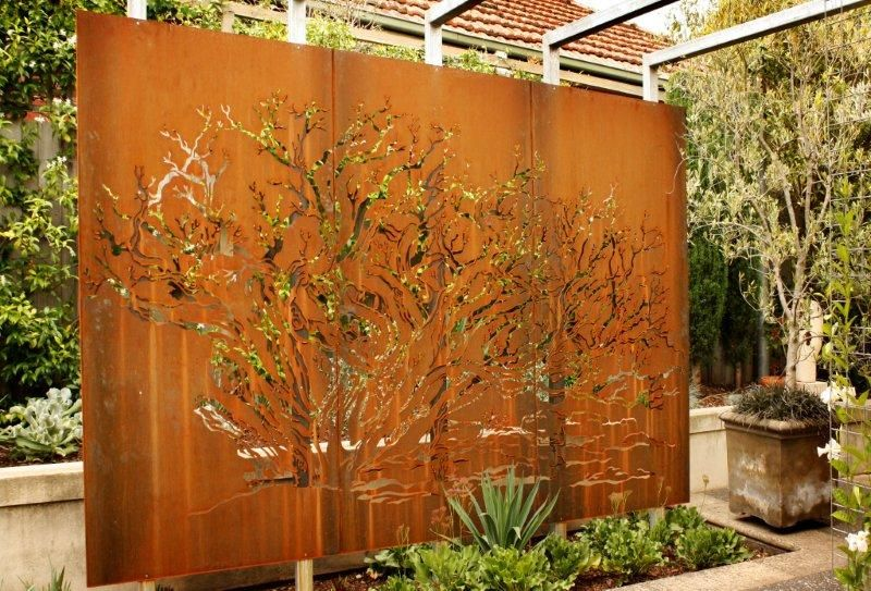 Using Metal In The Landscape For Garden Walls Screens Or House