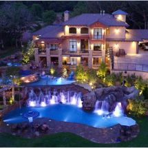 Big Mansion Houses with Pools