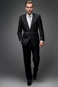 black suit, white shirt, silver tie | Entourage ...