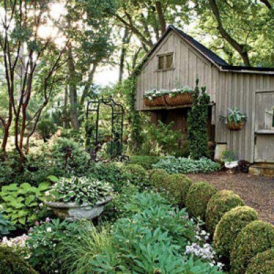 Build Good Bones Shady Backyard Retreat Gardens Backyard
