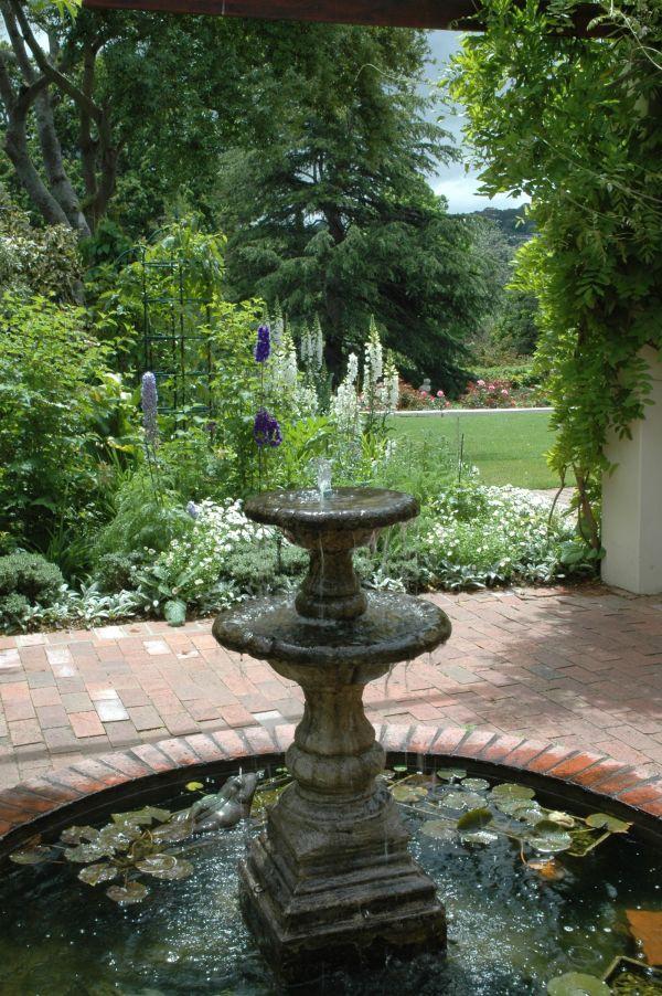 garden water fountain divine