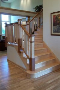 Two-toned stair with maple | Stairs | Pinterest | Photos ...