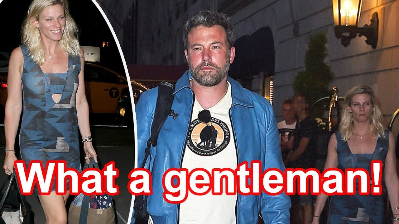 Ben Affleck & Lindsay Shookus' Dinner Date In Los Angeles — New Pics