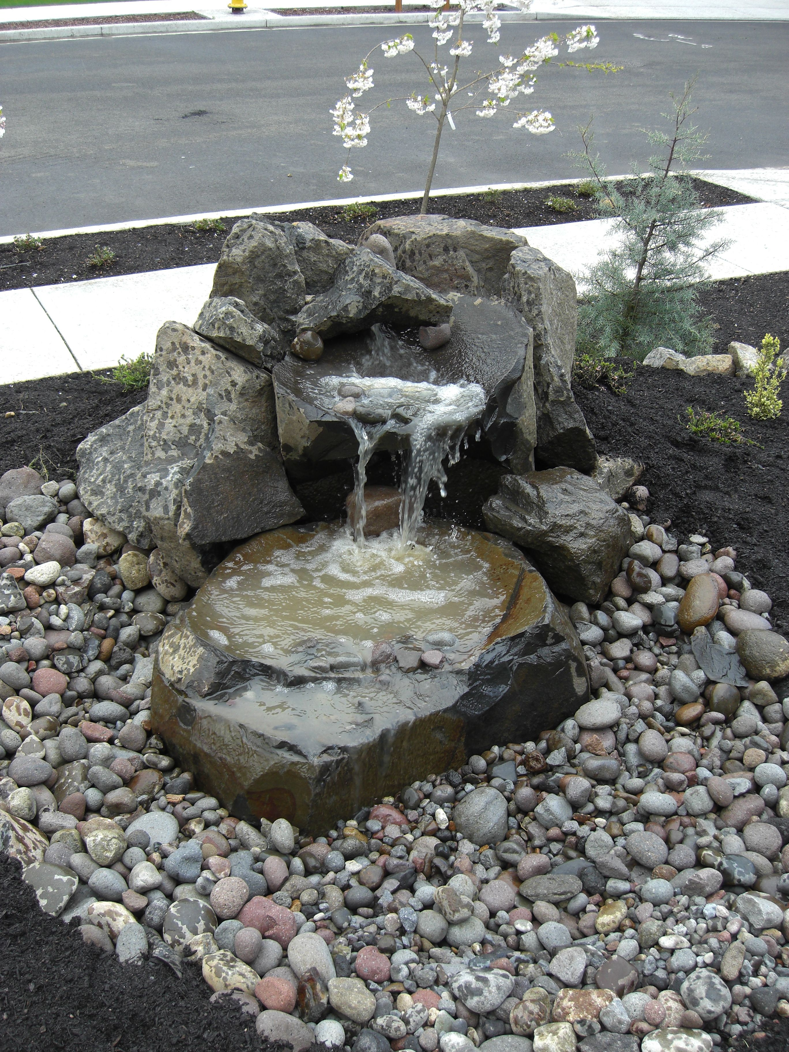Garden Design With Small Water Fountains Small Front Yard
