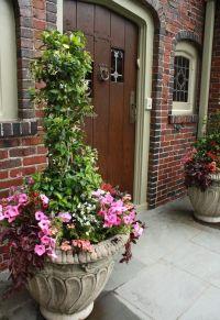 Front Door Summer Decorating Ideas | Front door planter ...