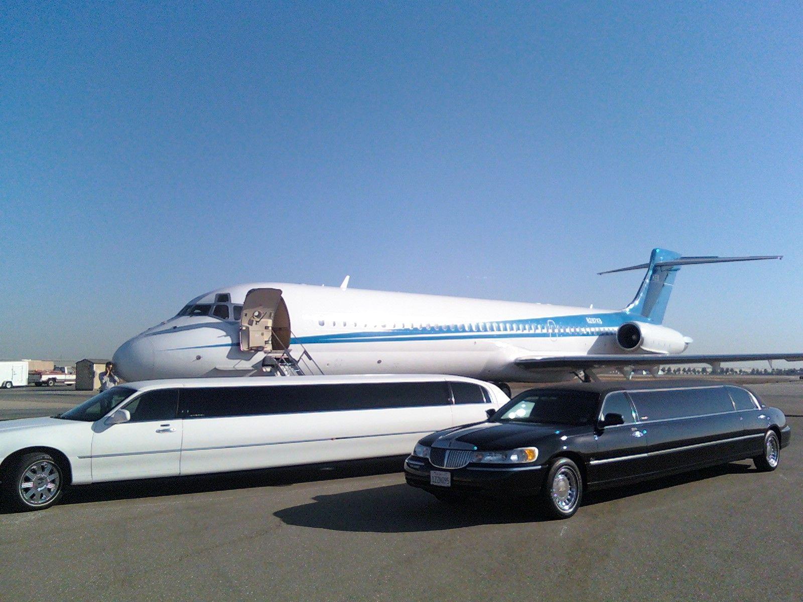 For Airport Limousine service in California take advantage of
