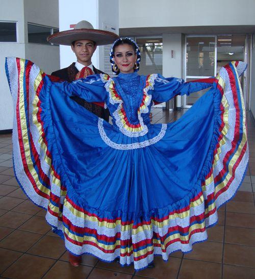 Traje Tipico Del Estado De Puebla