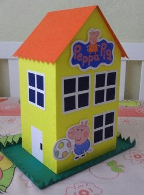 peppa pig casita para hacer  jenny  Pinterest  Pig party and Pig birthday