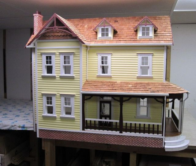 All Wood New And Unsued Dura Craft Farmhouse Dollhouse
