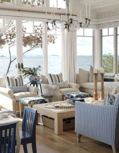 The hamptons beach house living room is really fab canadian designer sarah richardson  ontario cottage watch her show on makeover for great also coastal ideas themes color palettes rh pinterest