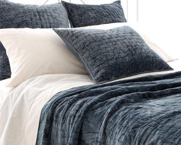 Dark Green Velvet Bedding Comforter Set