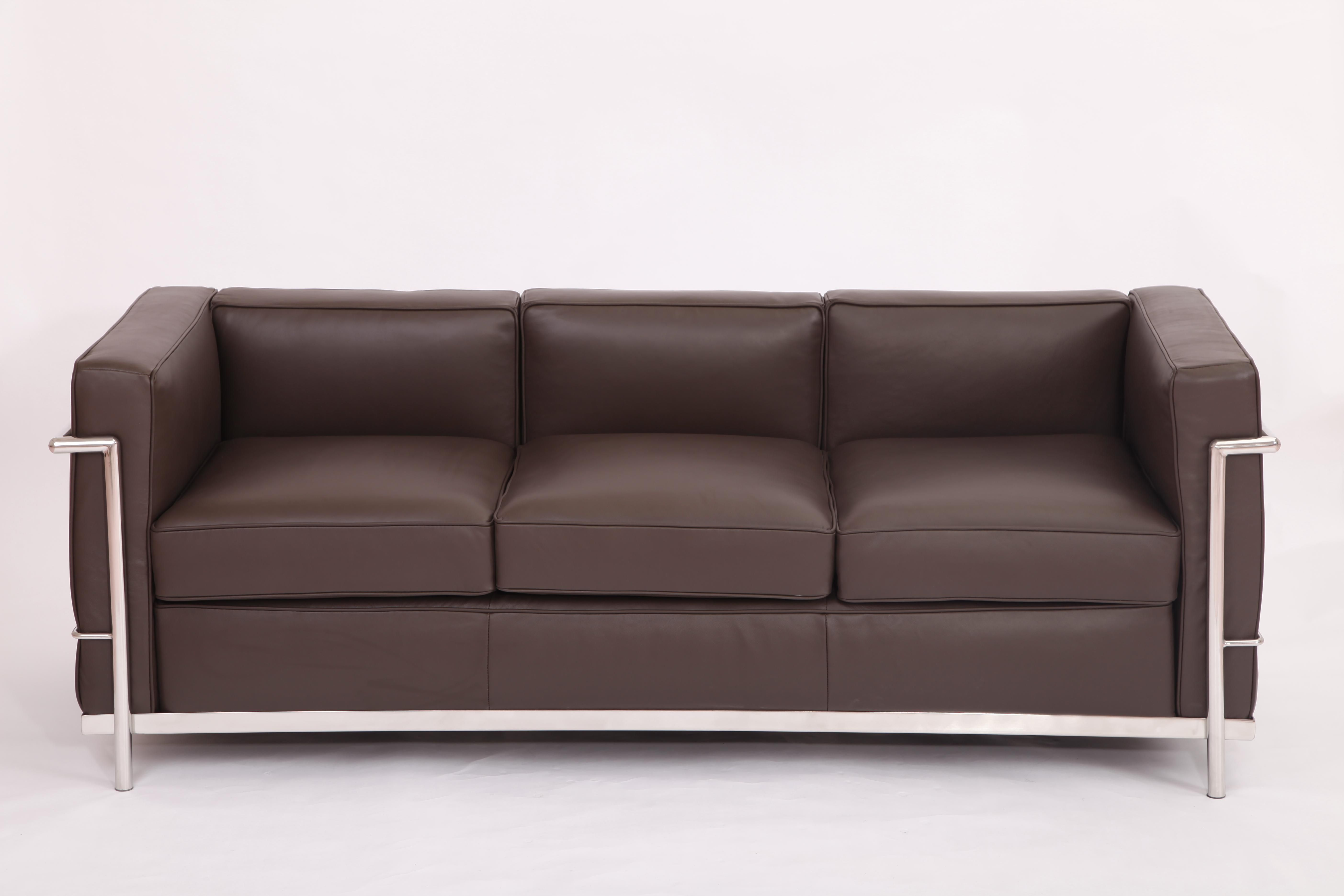 le corbusier sofa replica black recliner for sale chocolate full grain leather lc2 3 seater