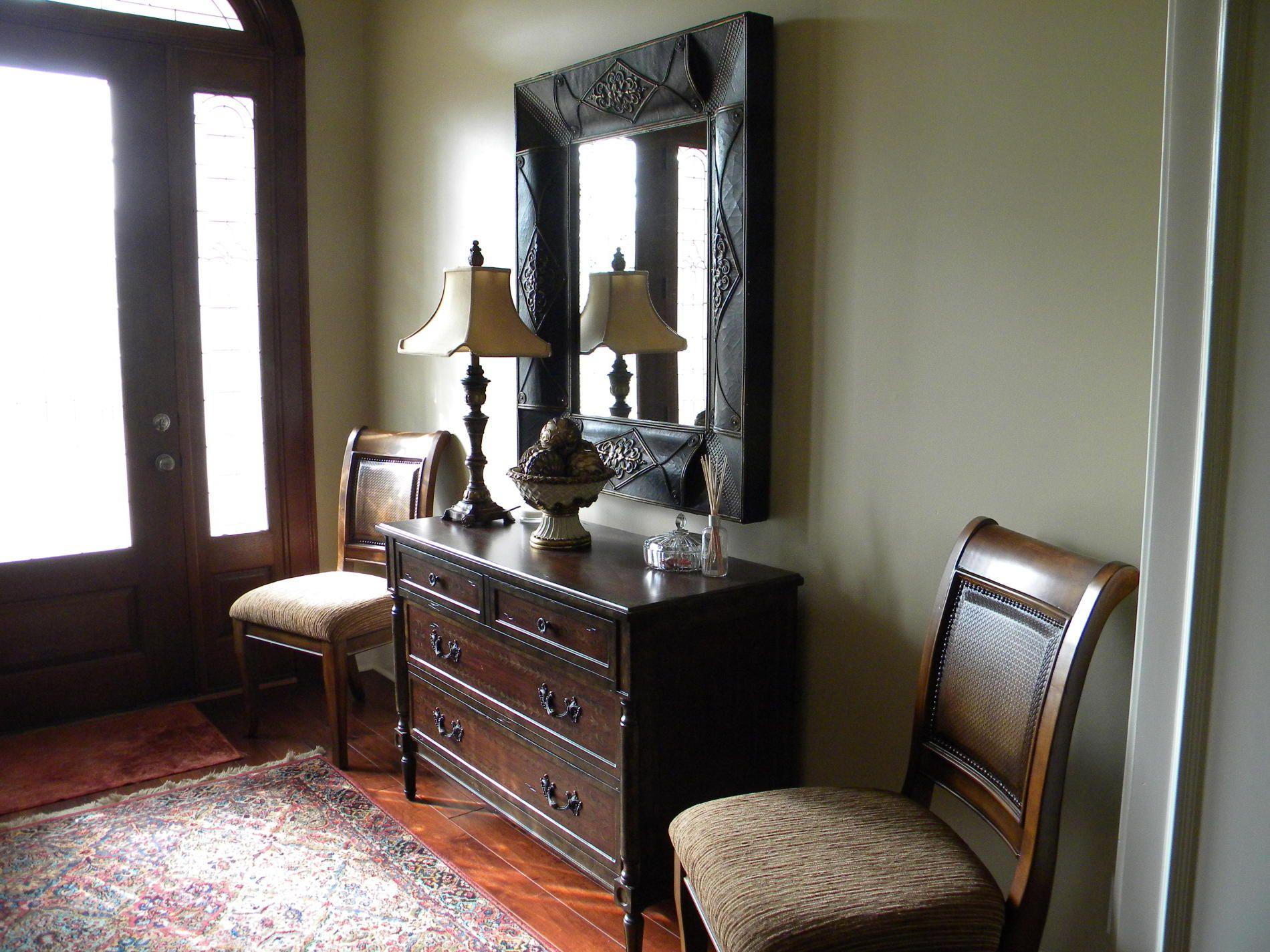 Foyer Table Design Ideas