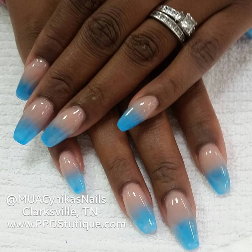 blue glow in the dark ombre nails
