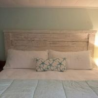 King headboard made from pallet wood, painted and ...