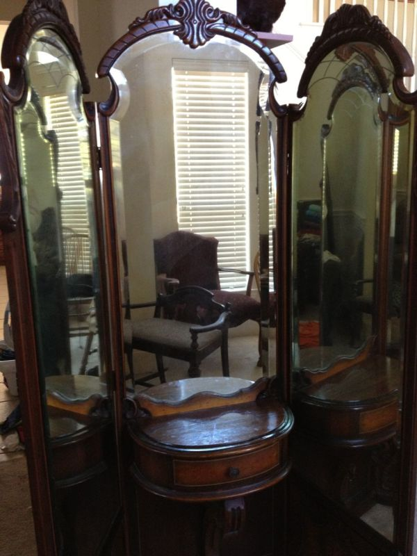 Three Mirrors Early 1900s Vanity 3- Mirror And Dresser Set Instappraisal