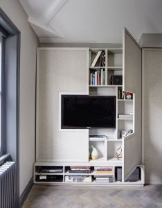 High style low budget in this square foot english flat loft apartment decoratingsmall storagetiny house also lofts rh pinterest