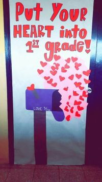 Classroom door decorated for valentine's day | Education ...