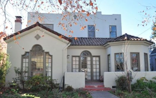 Spanish Style Home Similar Glidden Paint Colors Stratosphere And Meadowlark