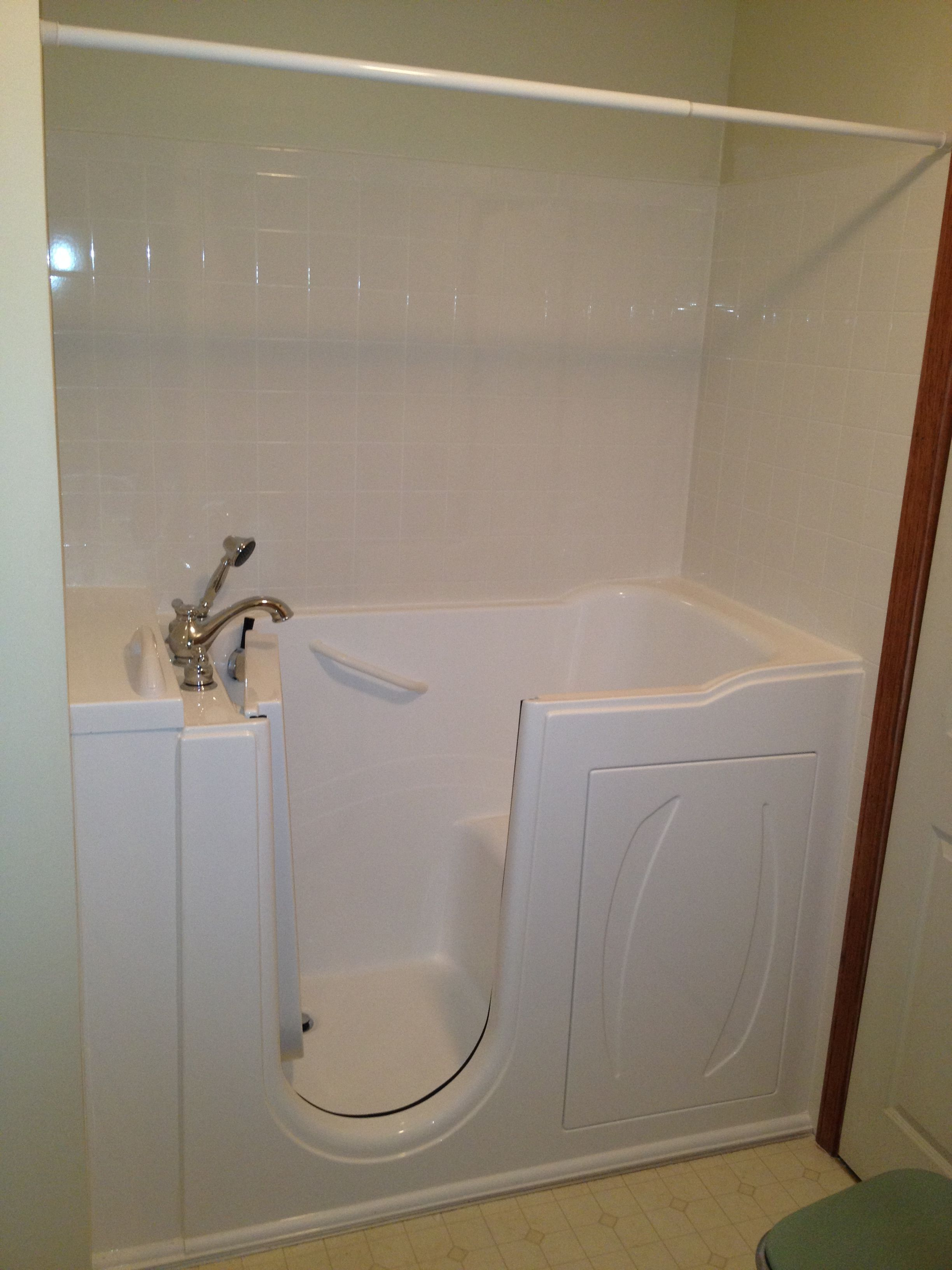 Serenity WalkIn Bathtubs come with an Adjustable Shower Slide Bar The adjustable shower slide