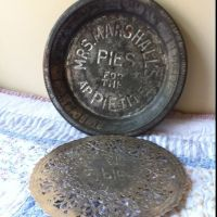 Antique pie plate and trivet | Kitchen | Pinterest | Pie plate