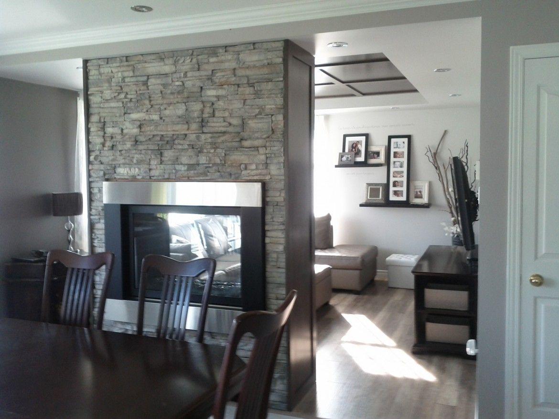 Salon Design dintrieur ton de gris foyer mur de brique contemporain Le jardin dAndre
