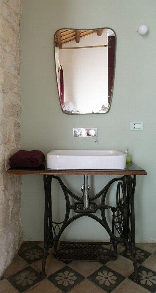 lavabo sur Singer  achine a coudre  Pinterest  Lavabo