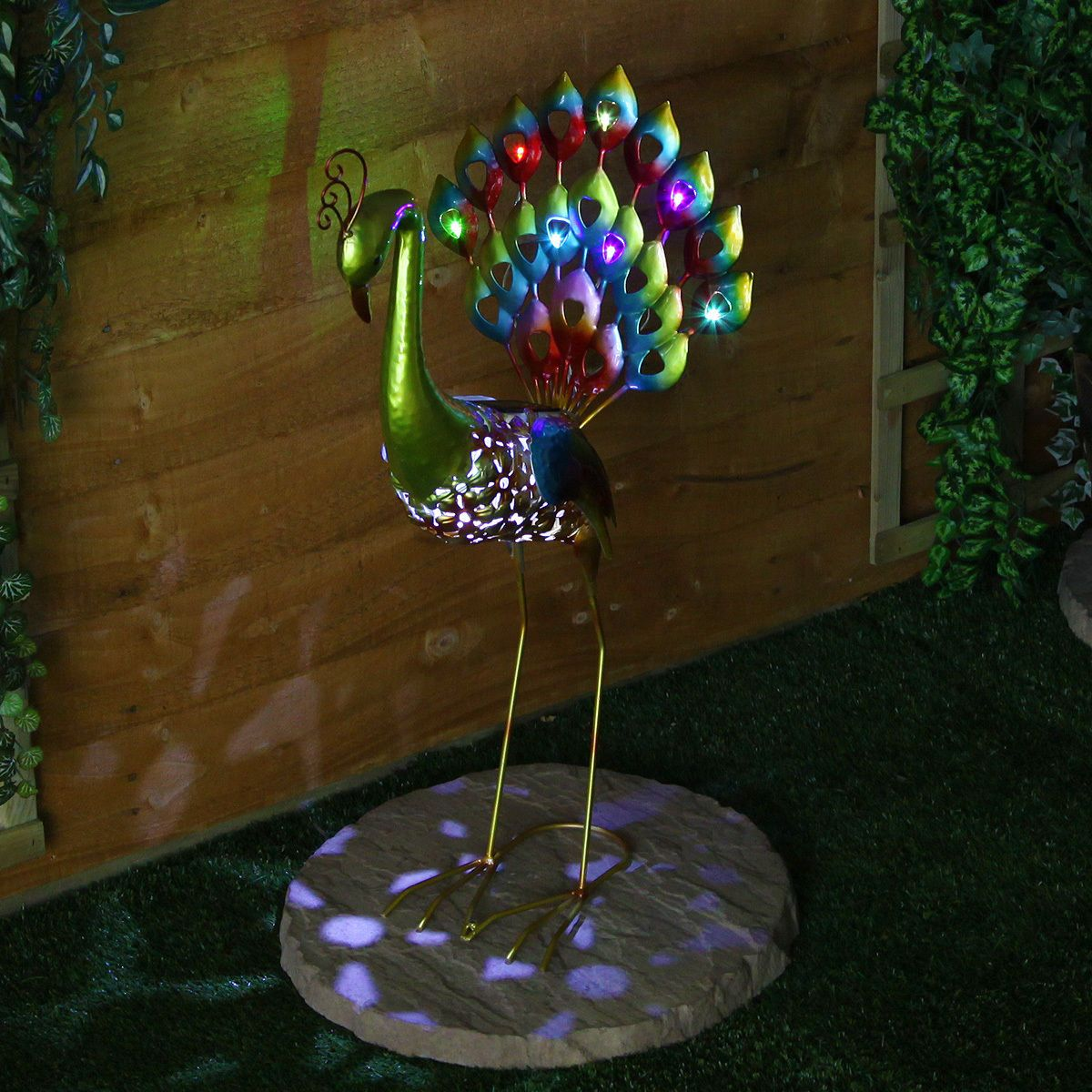 LARGE SOLAR POWERED 8 LED PEACOCK FIGURE NOVELTY OUTDOOR GARDEN
