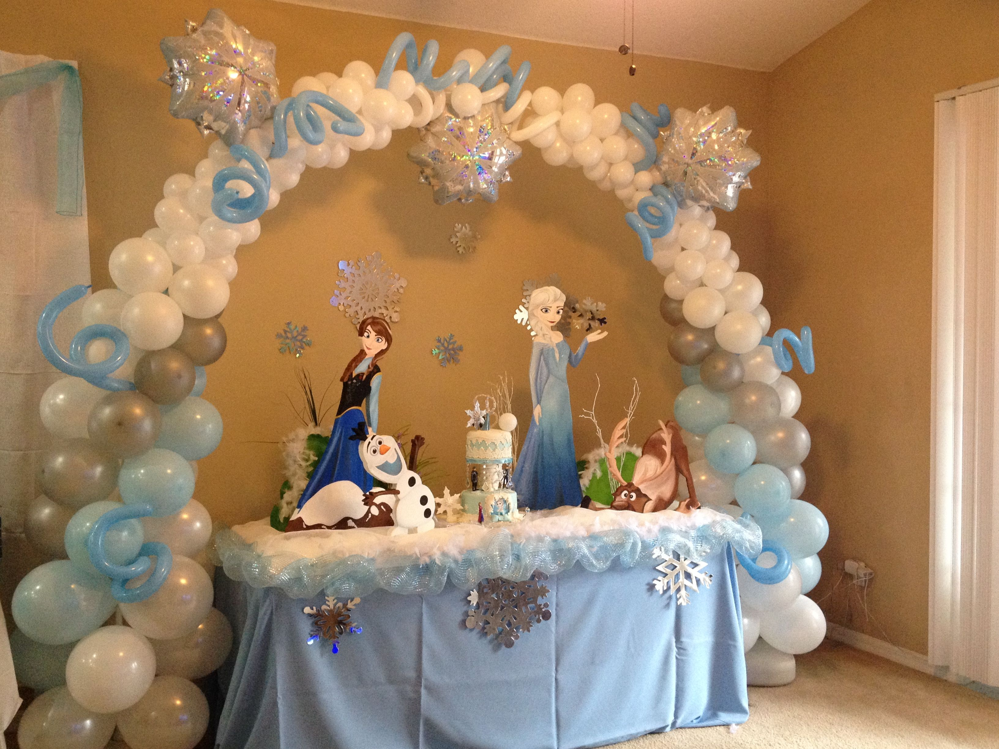 swing chair toronto bedroom olx lahore frozen party ideas on pinterest | disney, birthday centerpieces and balloon ...