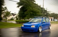 low dubs | Blue VW Golf MK4 with a roof rack  VAG ...