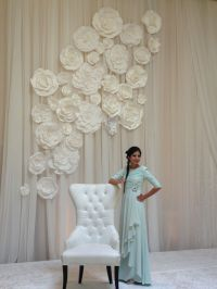 Flower wall for wedding. By Maret Designs