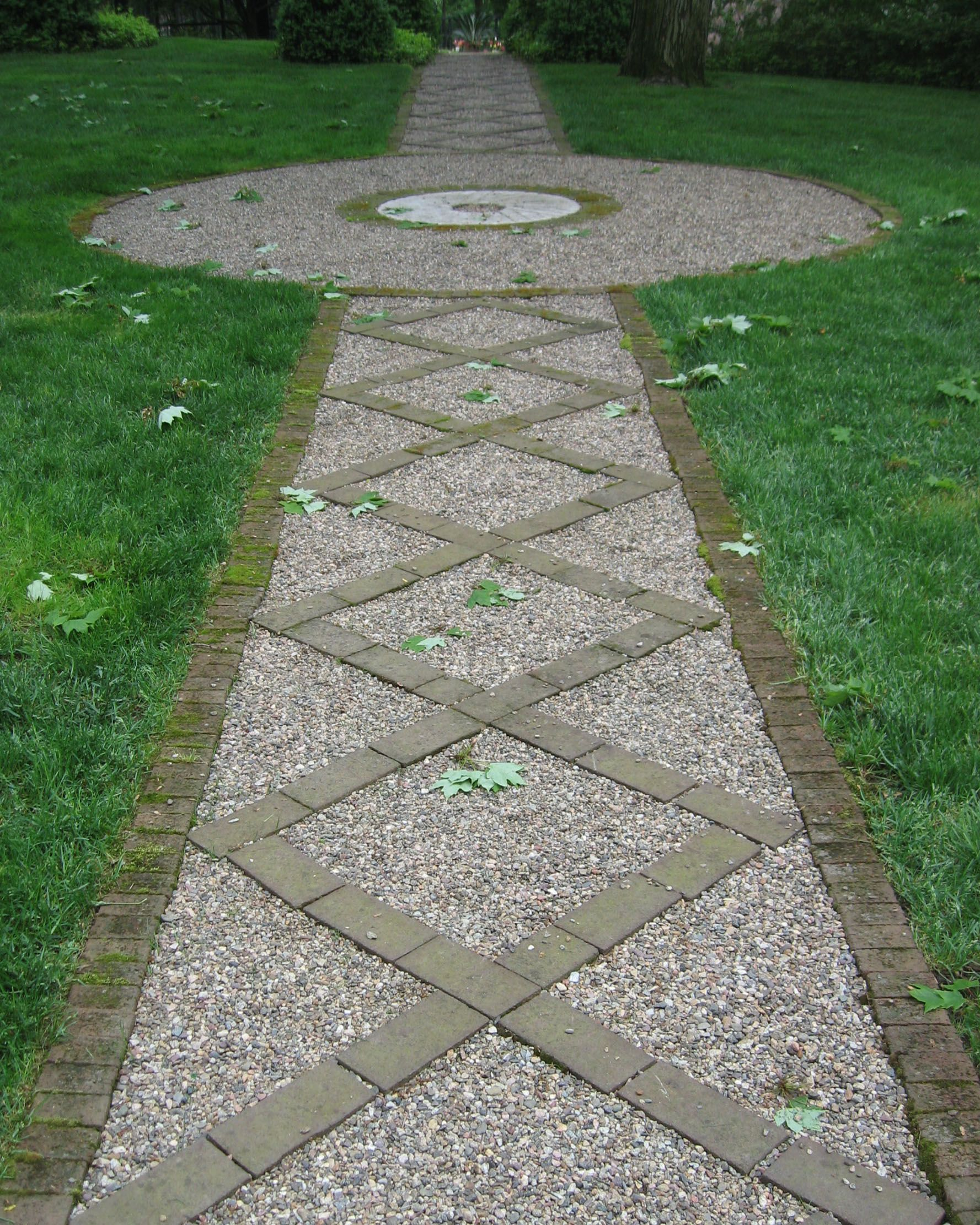 Monday Morning Finds – Re Use Old Bricks Gardens Formal' And