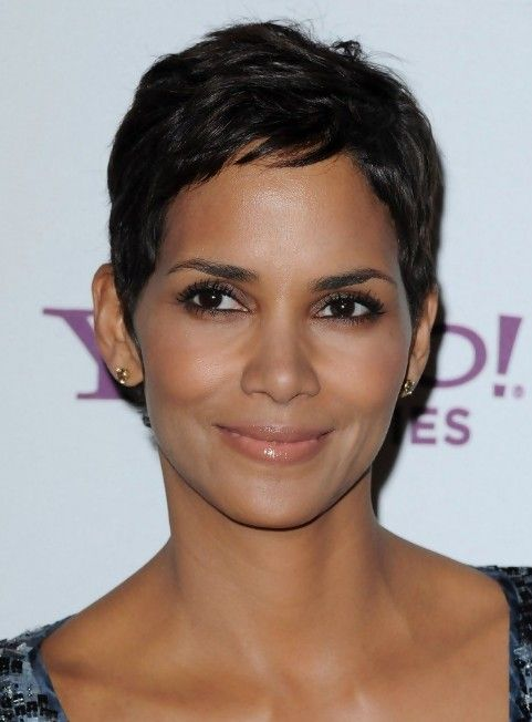 Halle Berry Short Pixie Hairstyle Short Pixie Pixie Haircuts