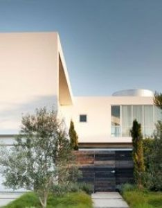 White stucco modern house in venice california by dennis gibbens architects designer ideas also the superb minimal design of family home rh pinterest