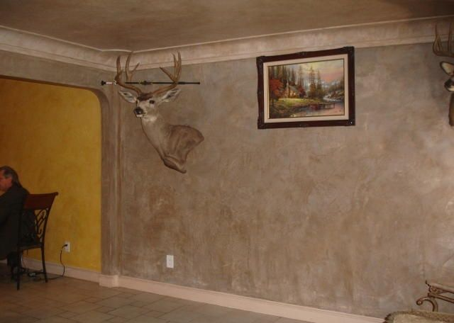sponge painting color combinations dead deer head taxidermy ugly dark dreary sponge faux paint living