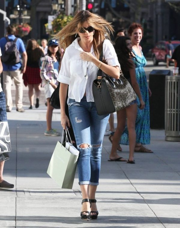 Photos of Celebrities On Rodeo Drive Shopping