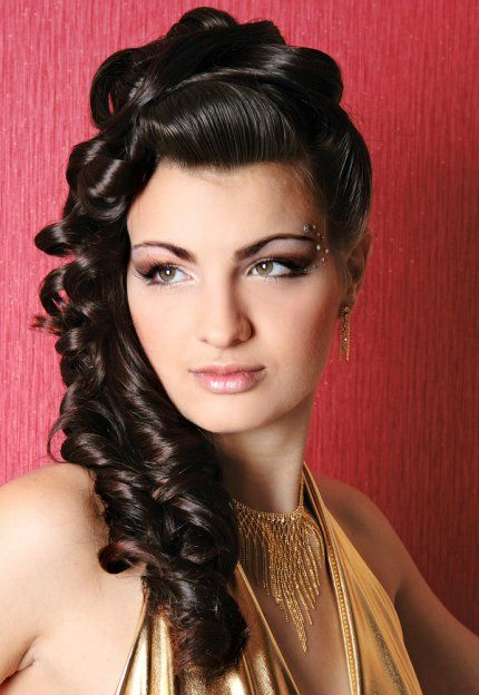 50 Classic Ideas For Styling Long Hair Long Hairstyles Classic