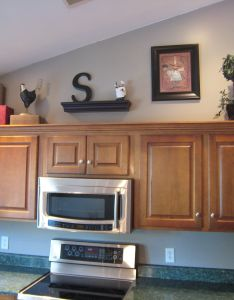Decorating above kitchen cabinet space also cabinets rh pinterest
