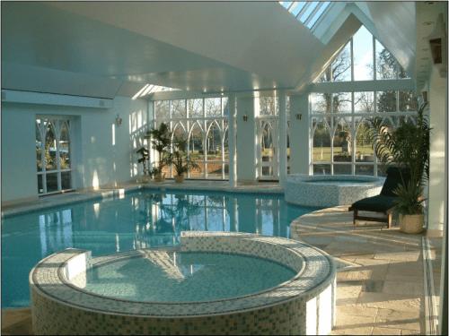 Best 25+ Indoor Pools Ideas On Pinterest