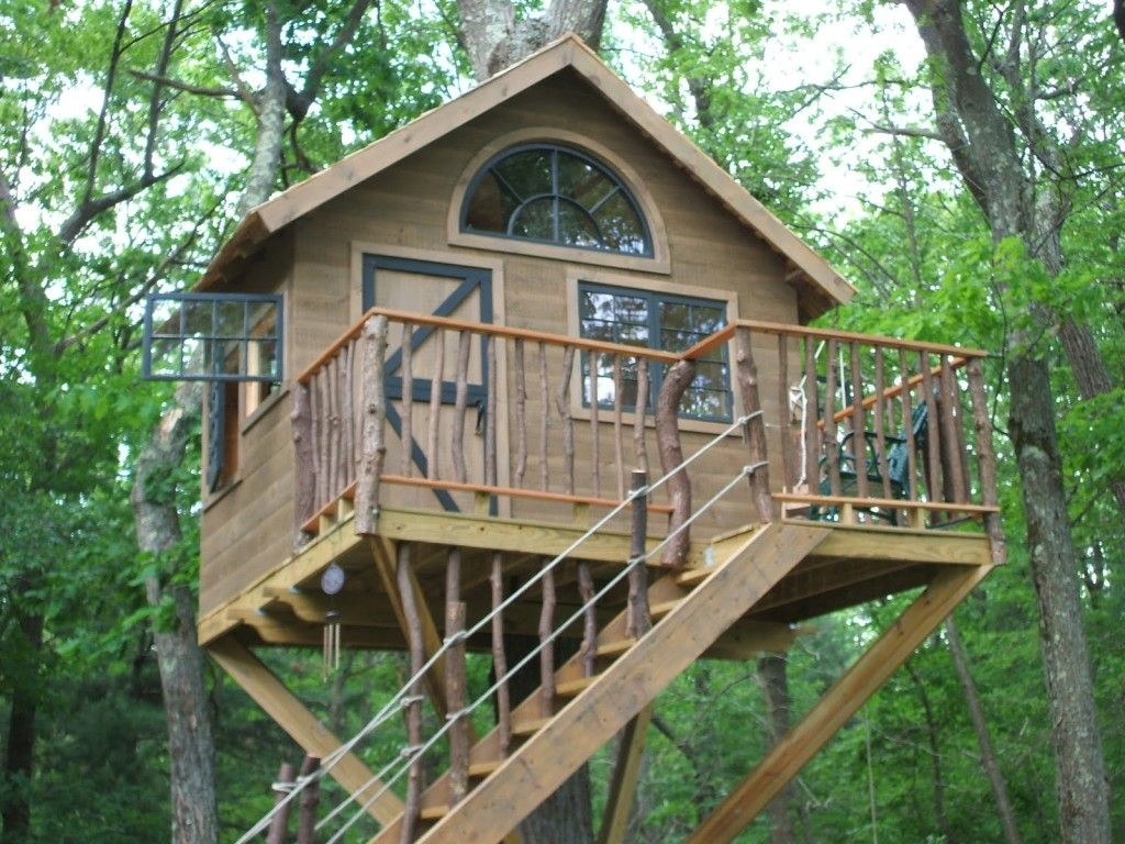 Free Woodworking Plans For Building A Tree House Tree House