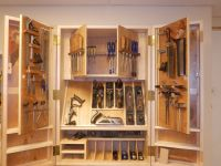 Hanging Tool Cabinet | Dream Woodshop | Pinterest | Tool ...