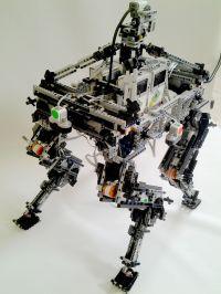 4 legs robot,all lego ,12 motors 4 ev3 mindstorm., 4 ir ...