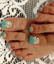 turquoise toe nails ideas