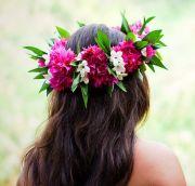 beach bride's hawaiian flower crown